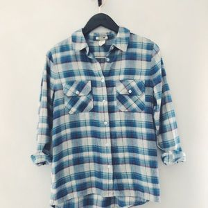 Levi's plaid flannel size S.